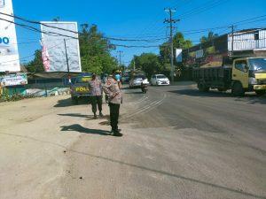 Polisi Tertibkan Kendaraan Yang Melintas di Jalur Bypass BIL