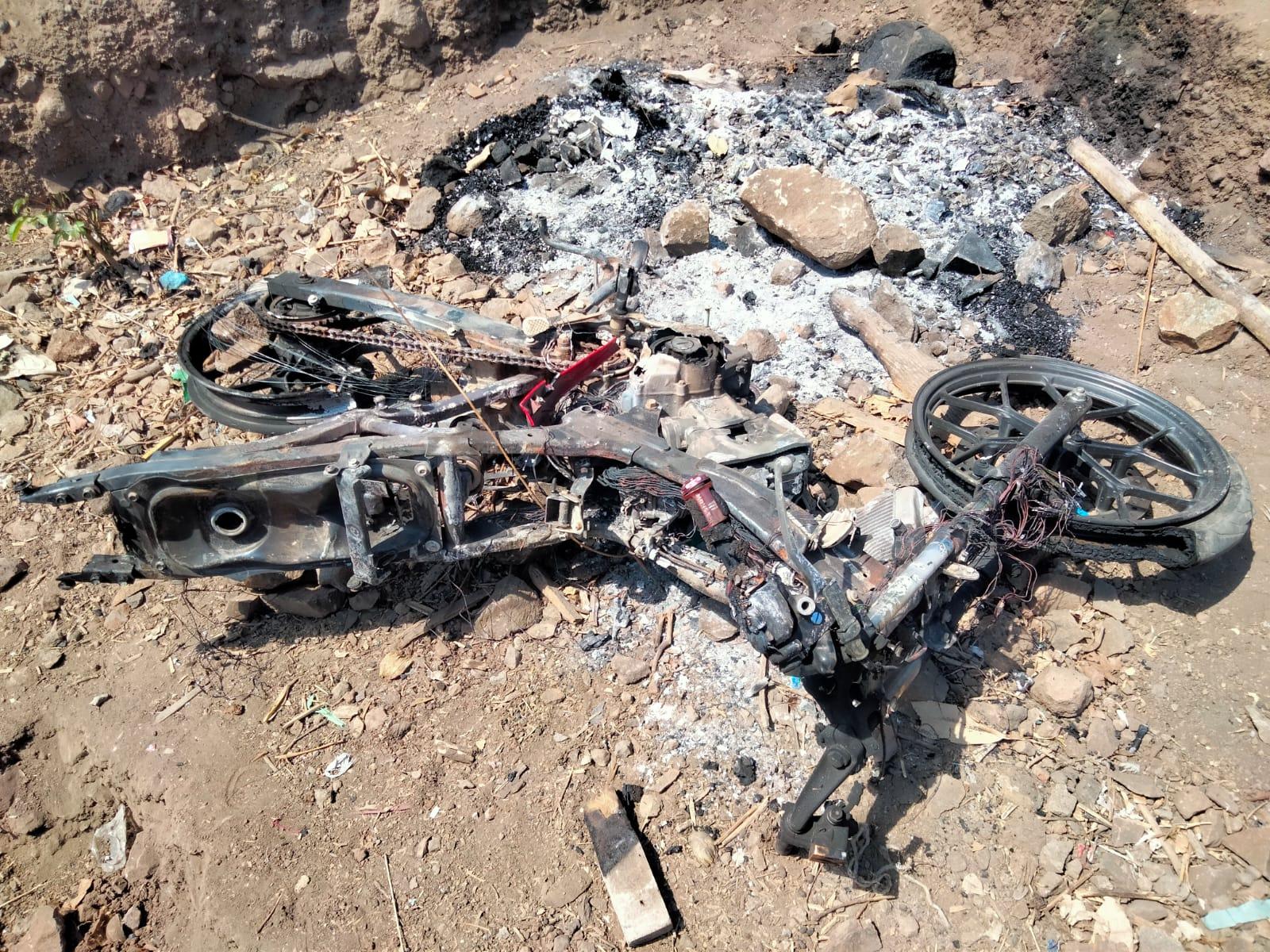 Kepergok Nyuri Kambing, Motor Dibakar