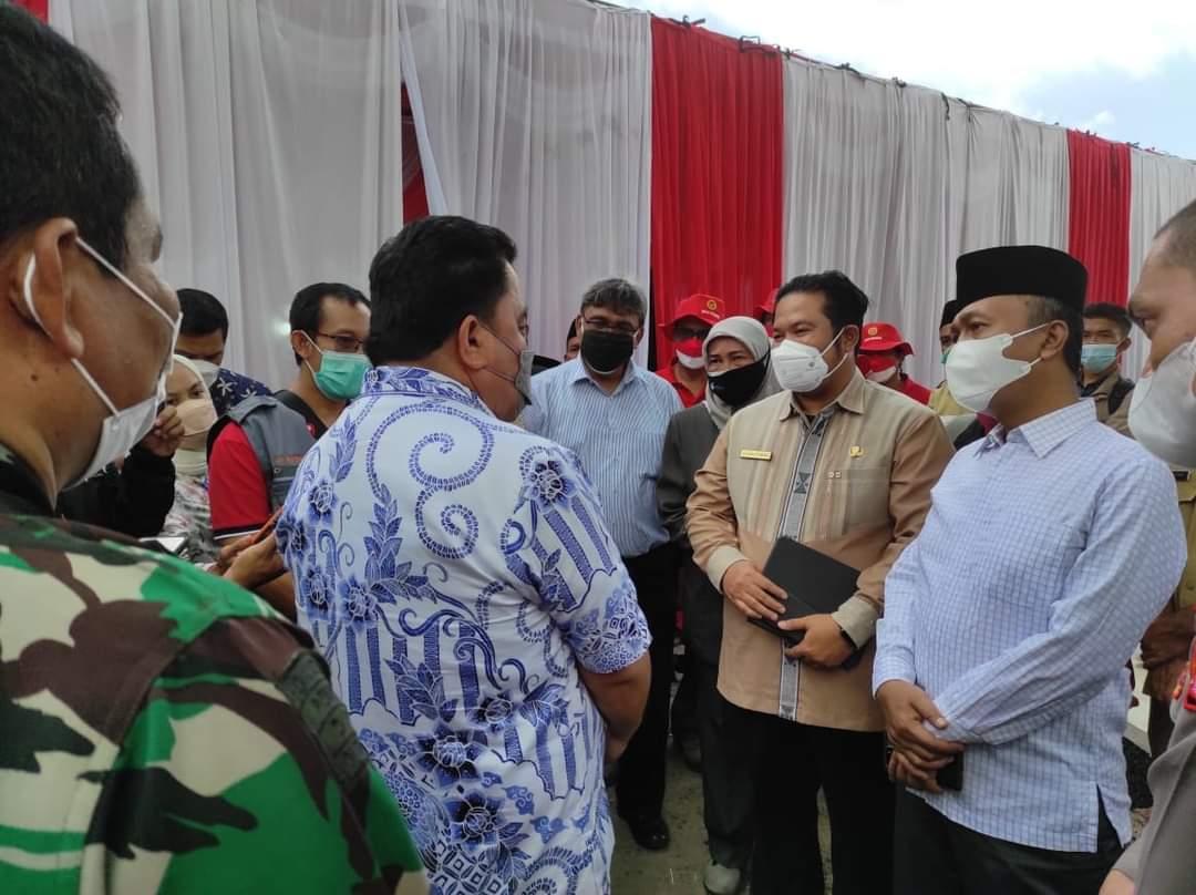 Dirjen P2P Kemenkes RI Tinjau Vaksinasi Santri di Lombok Barat