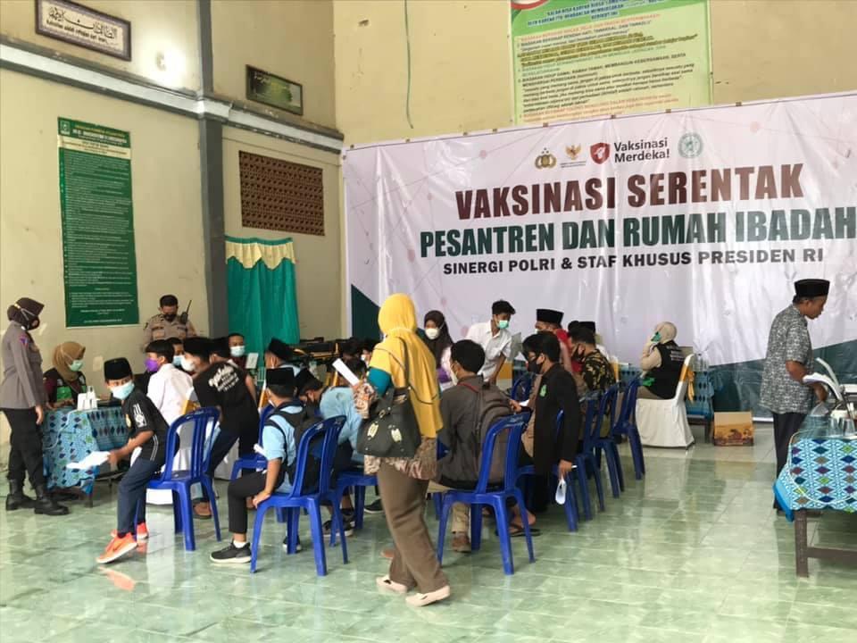 Haul ke 3 TGH. Ahmad Taqiuddin Manshur, Ribuan Santri dan Jamaah Tahlil dan Doa Bersama